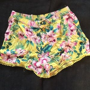 Hollister Small Tropical Floral Shorts